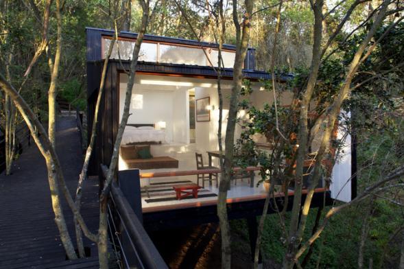 Dům Quebrada- na mostě mezi stromy