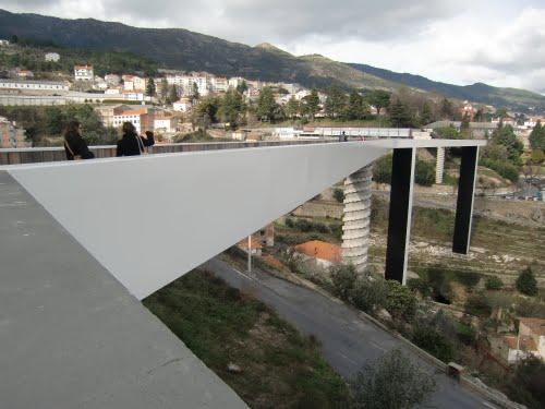 Footbridge over the Valley of Carpinteira River