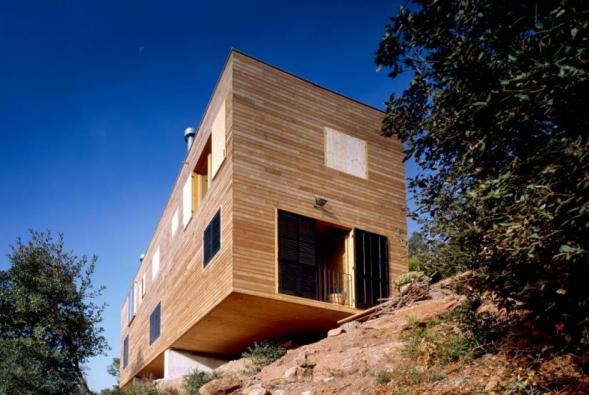 House in Steep Slope