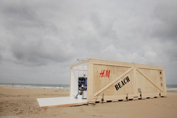 H&M Beach Store
