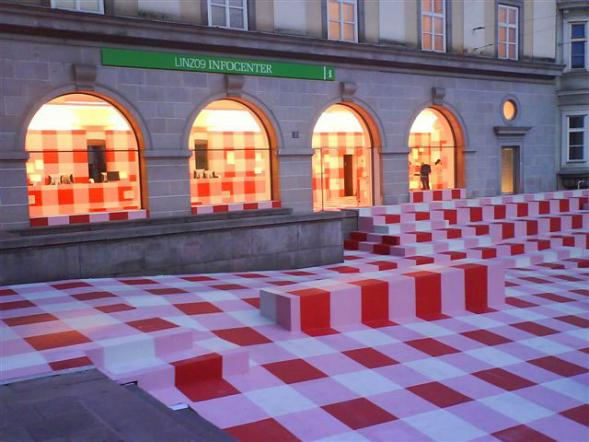 Checkered Infopoint