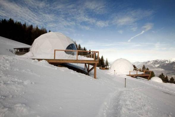 Whitepod- netradiční ubytování v Alpách